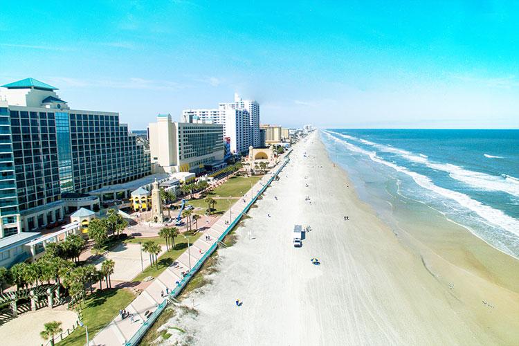 Thành phố biển Daytona Beach - bang Florida